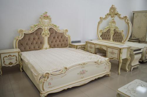 Спальный гарнитур Шейх 6 дверный