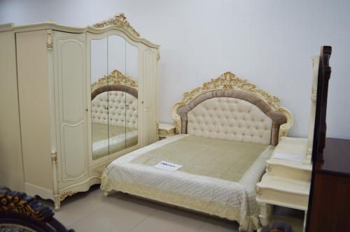 Спальня Офелия 5 дверный