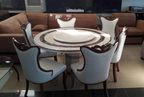 Комлект стол и стулья китай